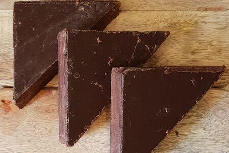 Ремесленный горький шоколад на пекмезе