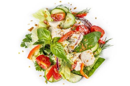 Салат с курочкой и свежими овощами большой