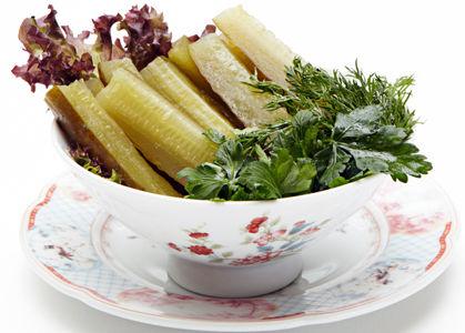 Огурцы соленыя съ укропомъ подъ постнымъ масломъ