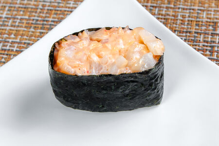 Суши Спайси с кальмаром