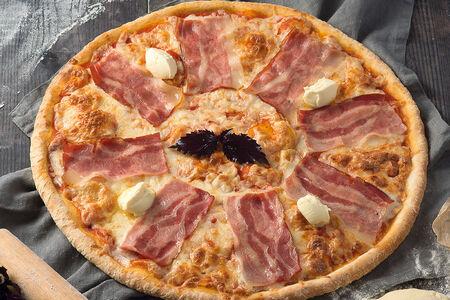 Пицца с беконом и маскарпоне