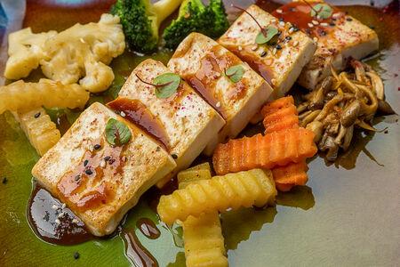 Тофу с мисо соусом
