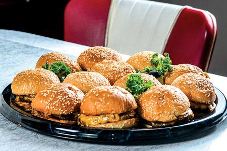 Мини-чизбургеры на компанию