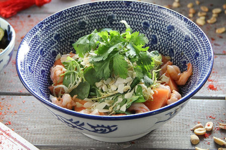 Салат с папайей и креветками