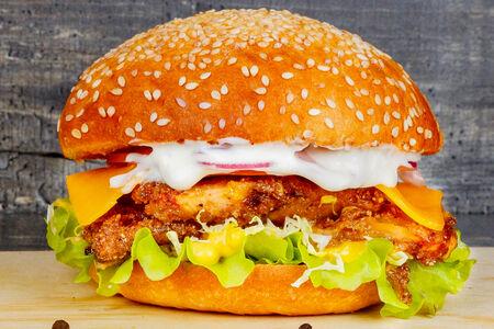 Бургер с куриным филе