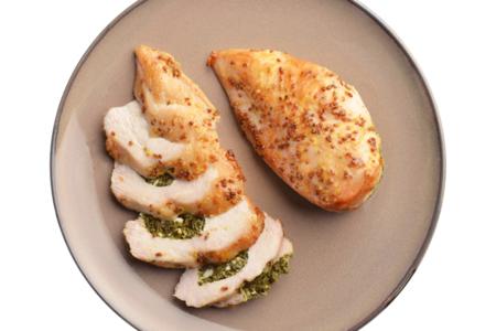 Куриная грудка фаршированая шпинатом и сыром,