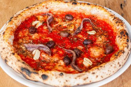 Пицца Маринара с анчоусами