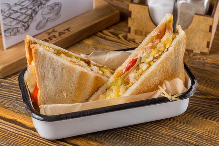 Клаб-сэндвич де люкс