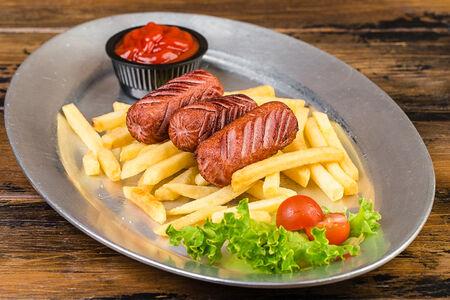 Детские сосиски с картофелем фри