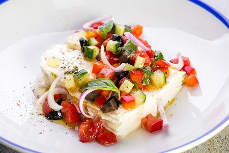 Сыр Примо сале с овощами