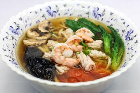 Суп Лапша с морепродуктами