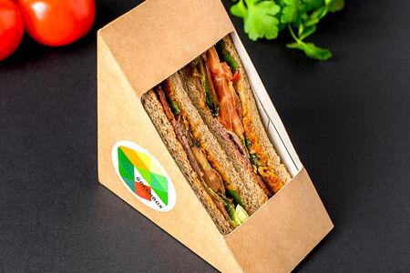 Сэндвич с ростбифом в соусе барбекю