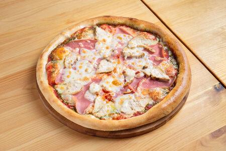 Пицца Ветчина с курицей