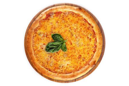 Пицца Кватро Формаджи на пышном тесте