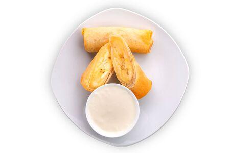 Банановый спринг ролл со сливочным соусом
