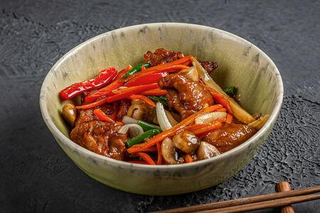 Курица с овощами в соусе Чар Су