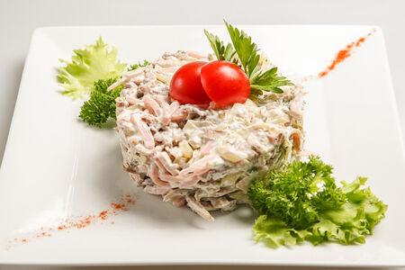 Салат Четыре мяса