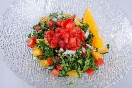Салат из узбекских томатов с апельсином