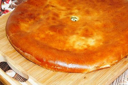 Осетинский пирог с сыром и зеленью