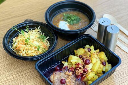 Ланч # 7: салат капустный и щи и буженина