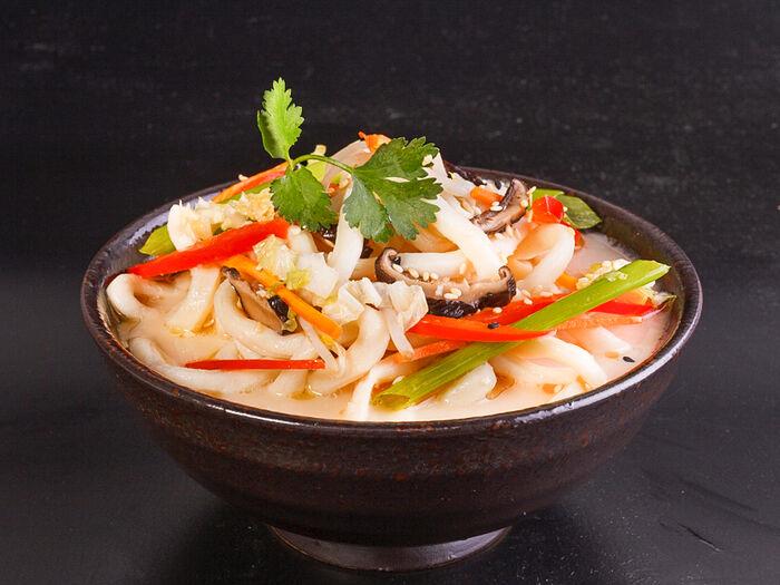 Вок с овощами в соусе Терияки