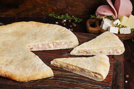 Пирог осетинский с ветчиной и сыром