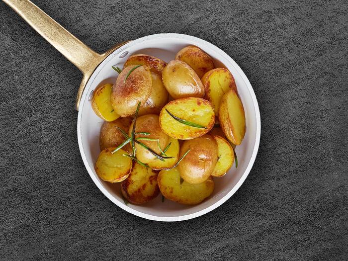 Мини картофель с розмарином