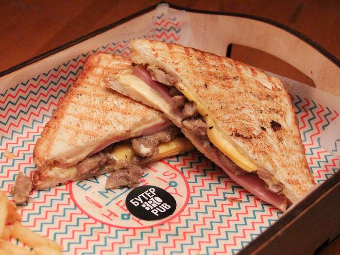 Бутерброд Куба Медиа Ноче