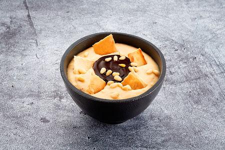 Десерт Гурьевский с миндальным орехом, чипами и шоколадным кремом
