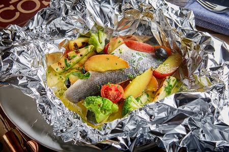 Филе сибаса карточчо с овощами