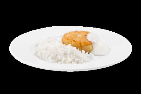 Биточек рыбный запеченный с рисом