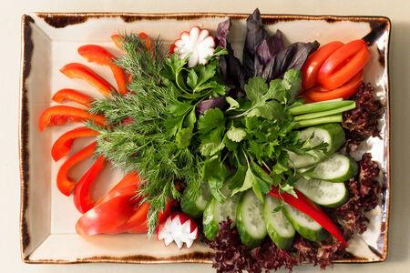 Свежие овощи с грядки