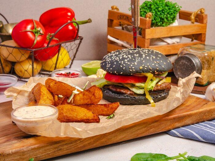 Бургер Черный Русский с говядиной black angus