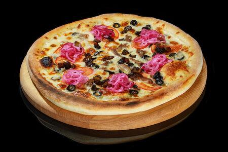 Пицца с говядиной и белыми грибами