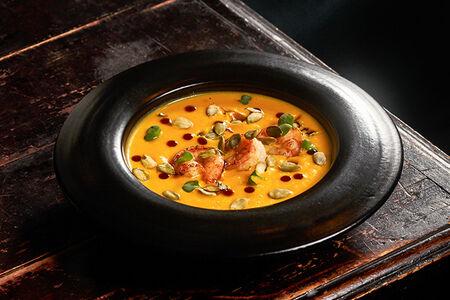 Крем-суп из тыквы с сыром страчателла
