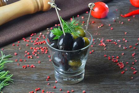 Гигантские маслины или оливки