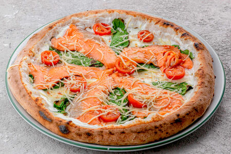 Пицца Гавань с лососем