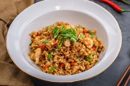 Рис жаренный с креветками