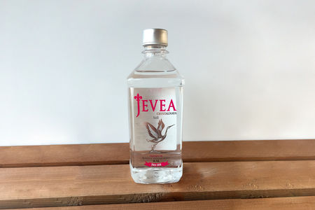 Вода Jevea негазированная