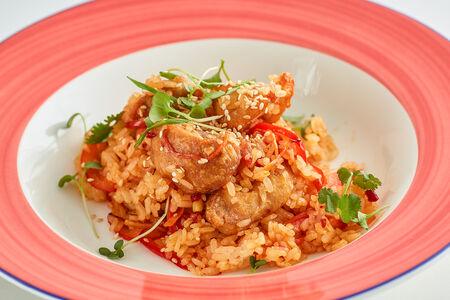 Жареный рис с бедром цыпленка