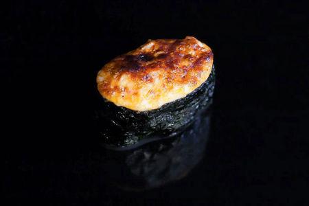 Запеченные спайси суши Осьминог