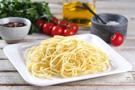 Спагетти отварные с маслом
