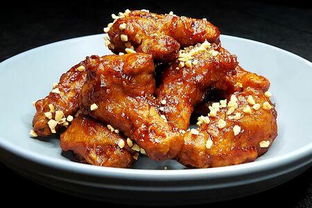 Крылышки куриные по-корейски в остром соусе