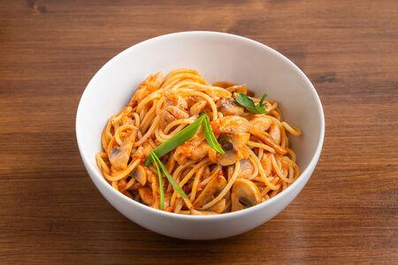 Спагетти с куриным филе