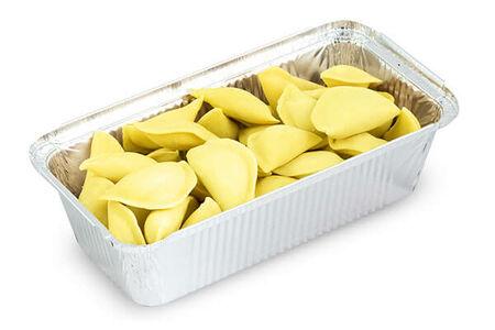 Замороженные вареники с картофелем и вялеными томатами