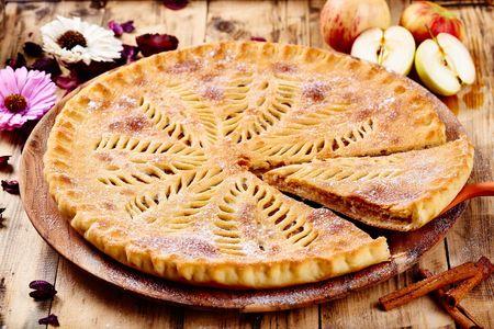 Сладкий яблочный пирог Эппл