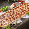 Фото к позиции меню Метровая пицца Пепперони