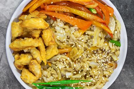 Wok Рис с курицей