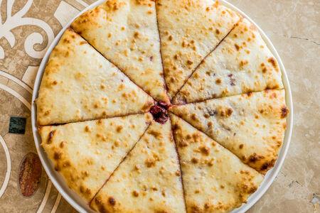 Осетинский пирог с сыром и листьями свеклы Цахараджын