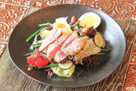 Теплый салат Нисуаз
